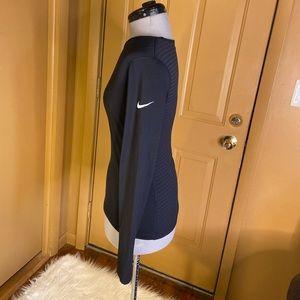 Nike Tops - Nike Dri fit top size small